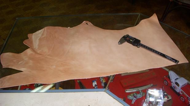 頂物の端切れサドルレザーと材料工具の買出し