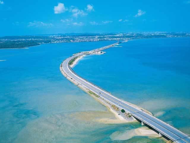 沖縄海中道路で爽快なドライブ♪久しぶりにこれぞ沖縄を感じてきた
