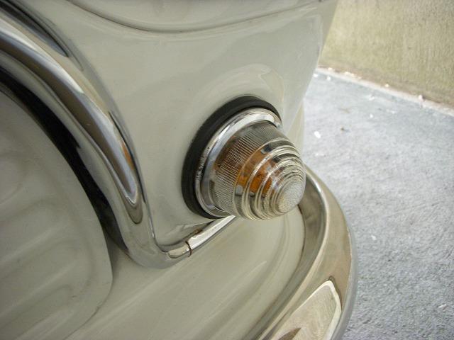 mini / フロントウィンカーのメンテナンスでうれしい発見