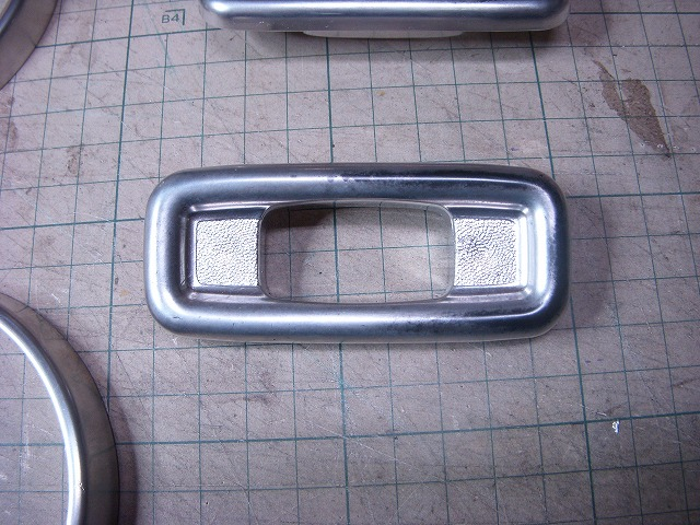 mini / プラスチックパーツのメッキ再塗装