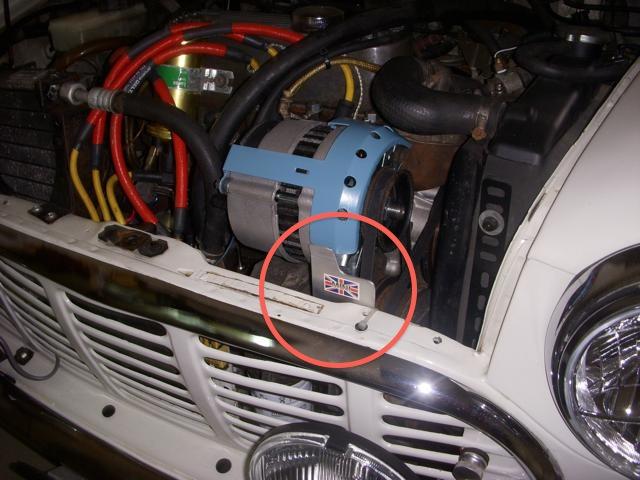 ミニのオルタカバーに自作パーツの追加で更なる安全対策