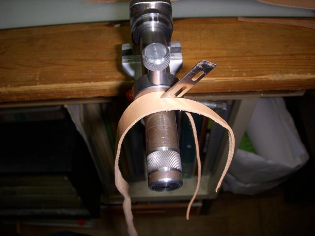 長い革ひもを楽々に切り出すレースメーカーを自作してみた♪