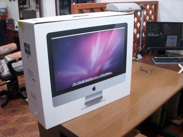 久しぶりに入手した新しいiMacはとても斬新に進化していた