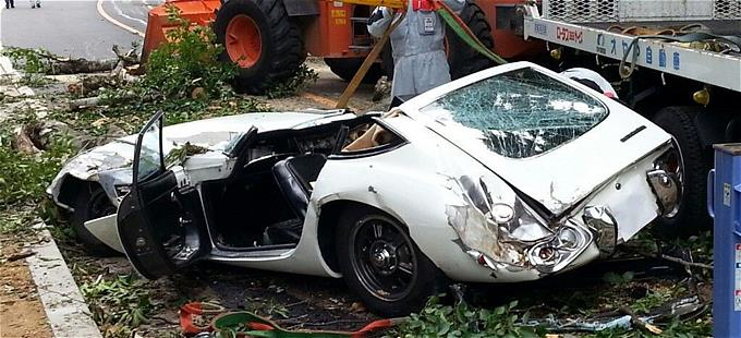 s-2000gt_crash