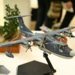 沖縄模型サークル製作第一課の第一回作品展示会の風景